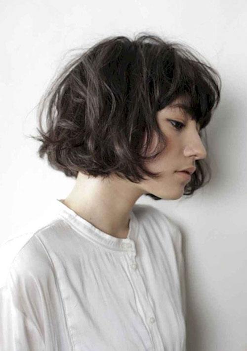 Short Wavy Hair With Bangs