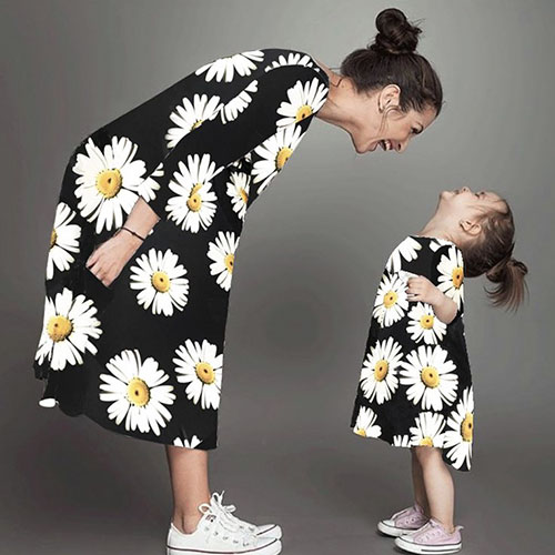 Mommy And Daughter Matching Outfits